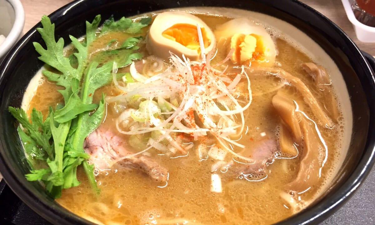大阪・西天満のラーメン『麺乃家』さん