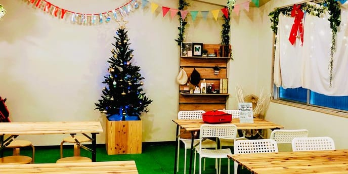 期間限定、貸切イルミ!ただいまクリスマス仕様の飾り付け。クリスマスパーティーなど人気です!