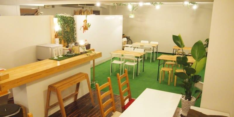 イベントスペース+カフェスペース+カウンタースペース